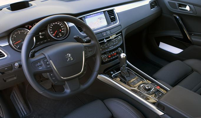 pug508_interior